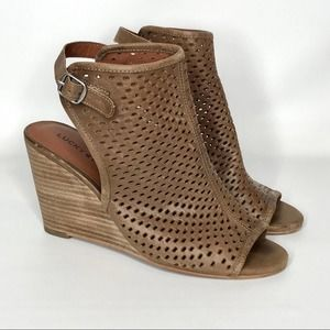 Lucky Brand Rozina Cut Out Wedge Sandal 7.5
